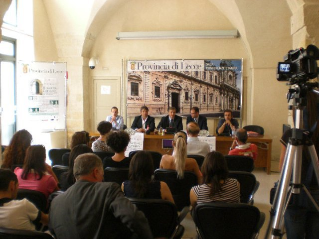 conferenza stampa 8